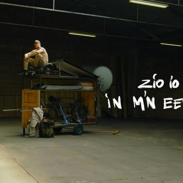 Embedded thumbnail for Zio Io - In M'n Eentje